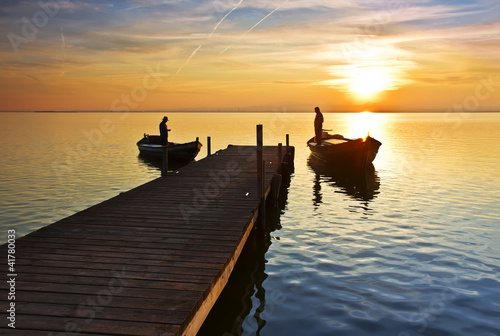 In de dag Pier La vida en el lago