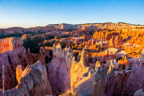 Sunrise in bryce canyon Fotobehang