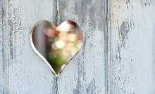 Coeur Sur Une Porte En Bois