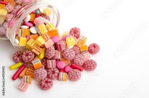Foto op Aluminium Snoepjes Ausgeschüttete Süßigkeiten