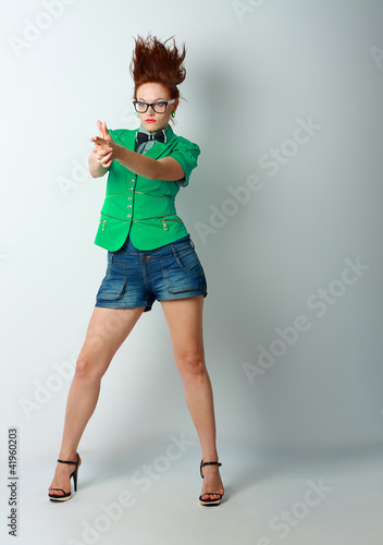 Fotografija  woman crazy hair gun