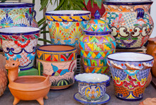 Mexican Pots And Decorations O...
