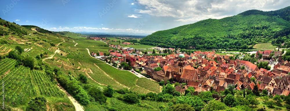 Fototapeta Prise de vue panoramique sur le village de kaysersberg.