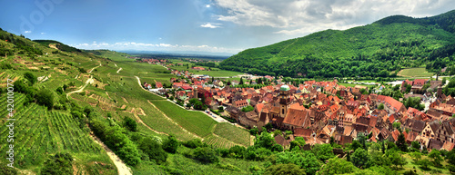Photo Prise de vue panoramique sur le village de kaysersberg.
