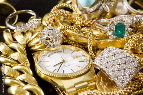 Jewelry, gold, necklaces, rings, bracelets, watch, wealth - 42026045