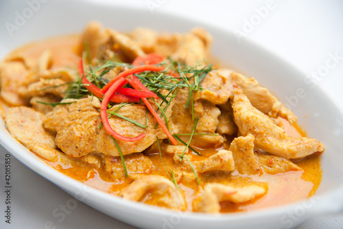 Fotografia  Dried red pork coconut curry (Panaeng) : Famous Thai food