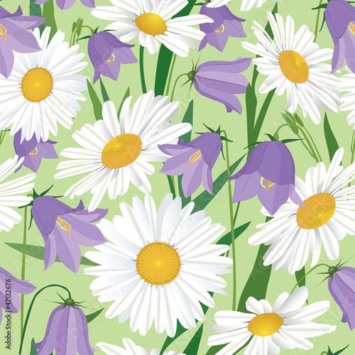 Canvas Prints Ladybugs Print, бесшовный фон из ромашек и колокольчиков, полевые цветы