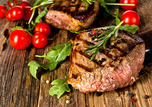 Foto op Canvas Vlees Grilled beef steak