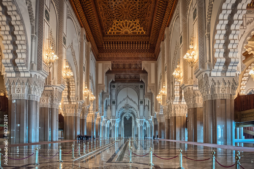 Photo  Hassan II Mosque interior corridor Casablanca Morocco