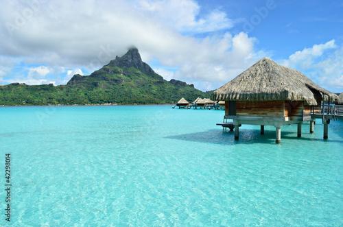 Fotografie, Obraz  Luxusním nad vodou rekreační oblast na Bora Bora
