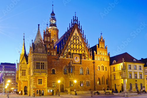 old city hall in wroclaw at night