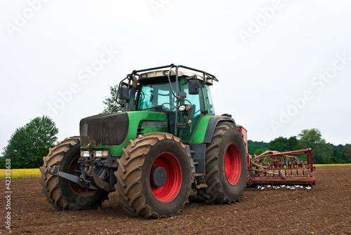 Photo  Traktor Landarbeit Maschine