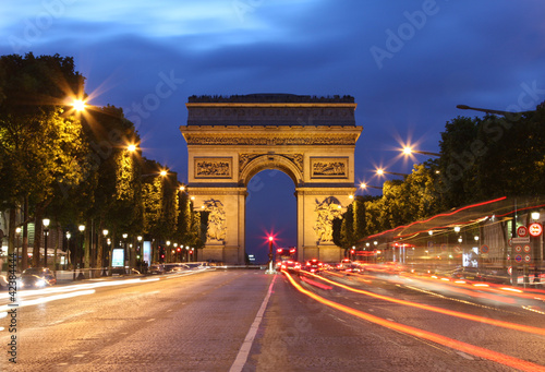 Papiers peints Paris Arc De Triomphe and light trails