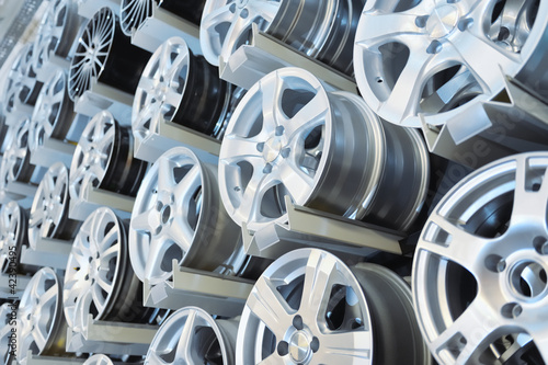 Photo Various  alloy wheels