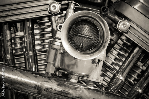 Pinturas sobre lienzo  sepia toned chromed motorcycle engine