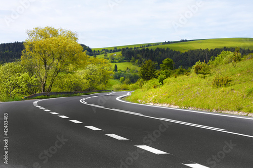 Spoed Foto op Canvas Wit Winding road