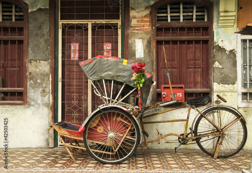 Fotografie, Obraz  Old Trishaw, George Town, Penang