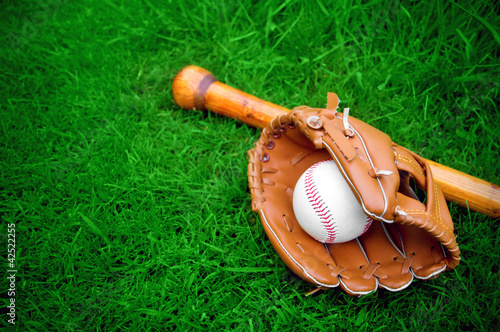 Photo  baseball bat, ball and glove