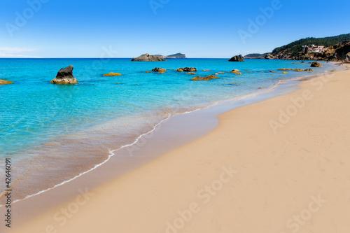 Foto-Leinwand - Aiguas Blanques Agua blanca Ibiza beach