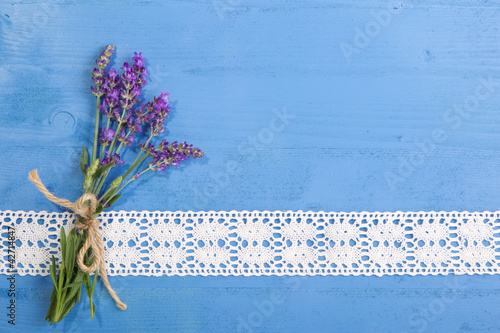 Wall Murals Lily of the valley Lavendel ... ein betörender Duft