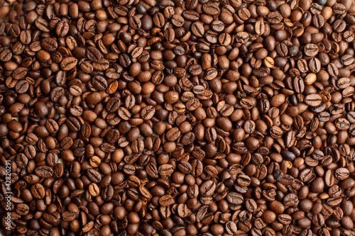 ziarna-kawy-zblizenie-tla