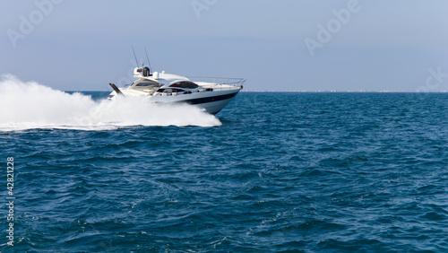 Poster Nautique motorise Luxury yacht