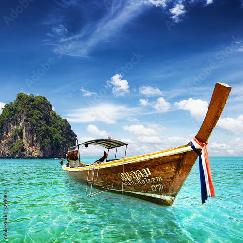 Foto-Schiebegardine Komplettsystem - Thai sea with tail boat and beautiful sea (von dell)