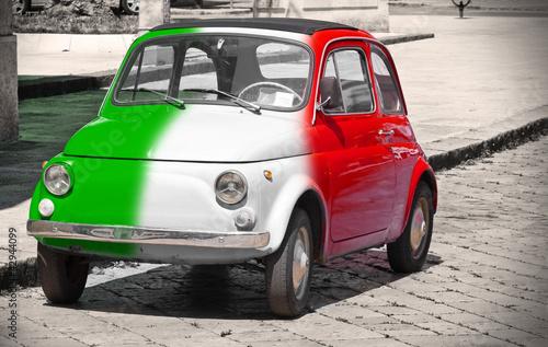 Staande foto Rood, zwart, wit Italian vintage car.