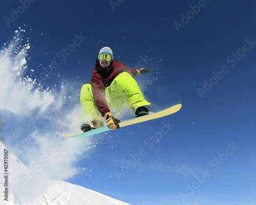 Foto-Stoff bedruckt - Snowboarder in the sky (von maxoidos)