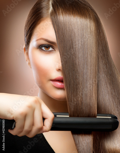 hairstyling-hairdressing-hair-prostowanie-irons-straight-hair