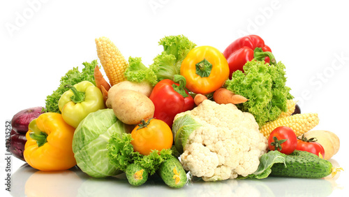 Staande foto Groenten Fresh vegetables isolated on white