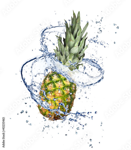 Spoed Foto op Canvas Opspattend water Pineapple in water splash, isolated on white background