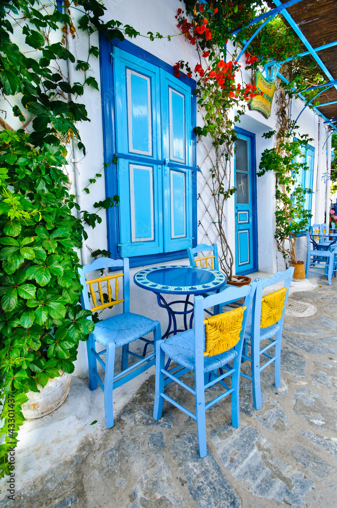Fototapety, obrazy: Greek traditional street taverna