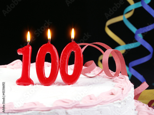Poster Birthday cake with red candles showing Nr. 100
