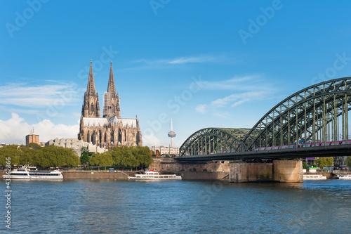 Fotografía  View of Cologne over the Rhein