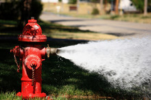 Open Fire Hydrant Spraying Hig...