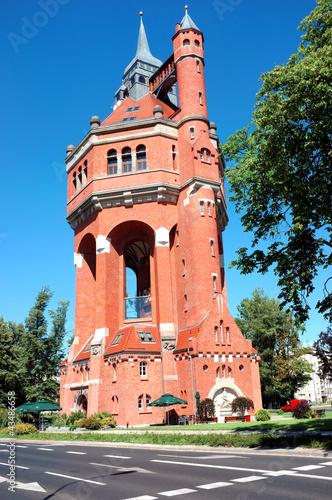 historyczna-wieza-cisnien-we-wroclawiu