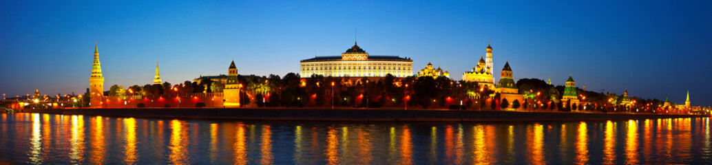 Fototapeta Panorama of Moscow Kremlin in night. Russia