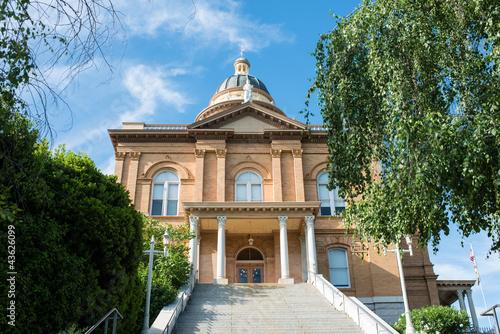 Photo Historic Auburn Courthouse