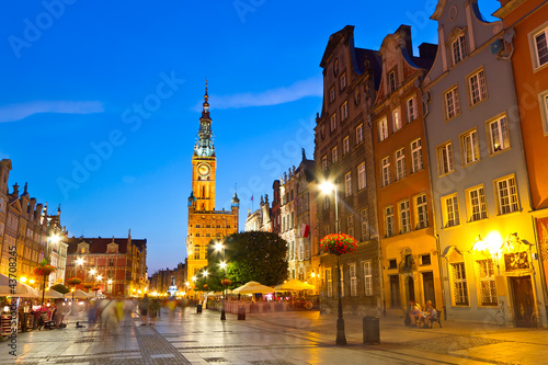 Fototapeta Old town of Gdansk with city hall at night, Poland obraz