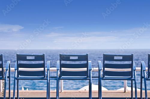Fotografía  Chaises sur la Promenade des Anglais - Nice, France