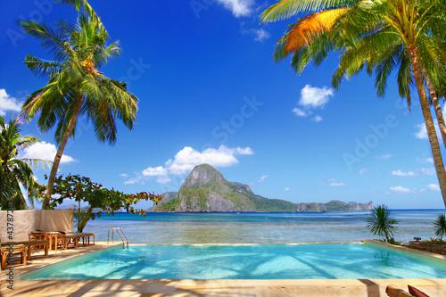 Keuken foto achterwand Donkerblauw holidays in tropical paradise