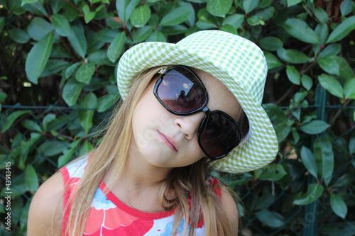 Valokuva  bambina con cappello