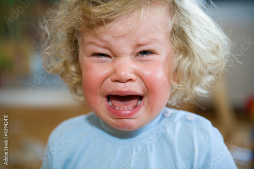 Fotografie, Obraz  little child is crying