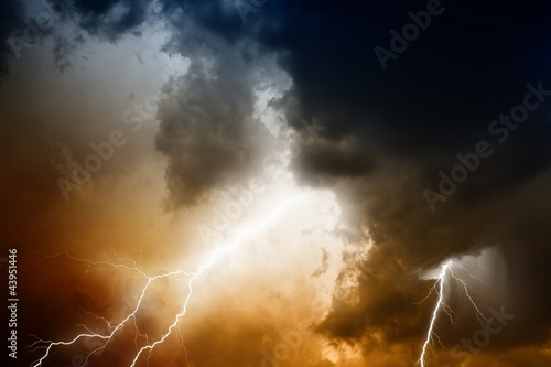 Photo sur Toile Tempete Stormy sky with lightnings