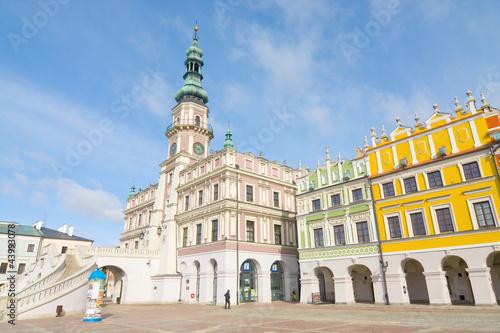 town-hall-main-square-rynek-wielki-zamosc-poland