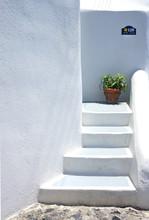 Houses Of Santorini In Details