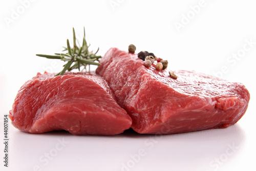 Staande foto Vlees isolated raw beefsteak
