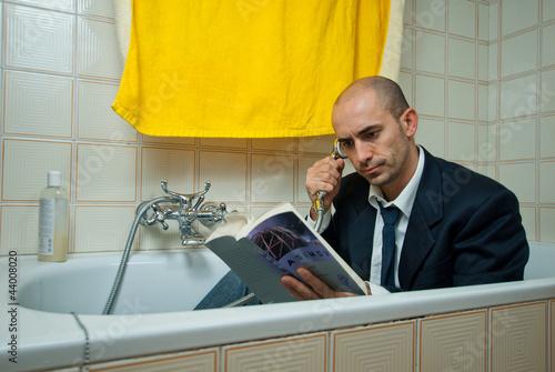 Fotografía  Telefonata in bagno