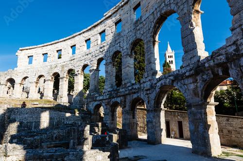 In de dag Ancient Roman Amphitheater in Pula, Istria, Croatia
